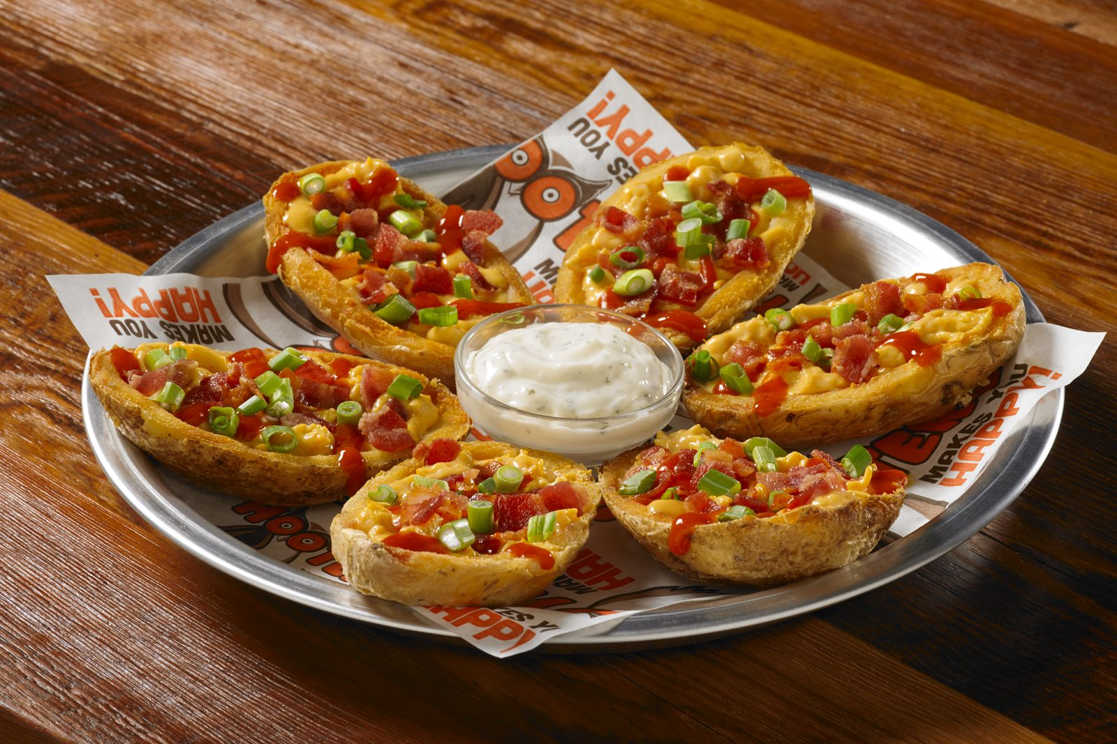 Hooters Kicks Off Football Season with New Gameday-Ready Dishes, Drinks and Prizes