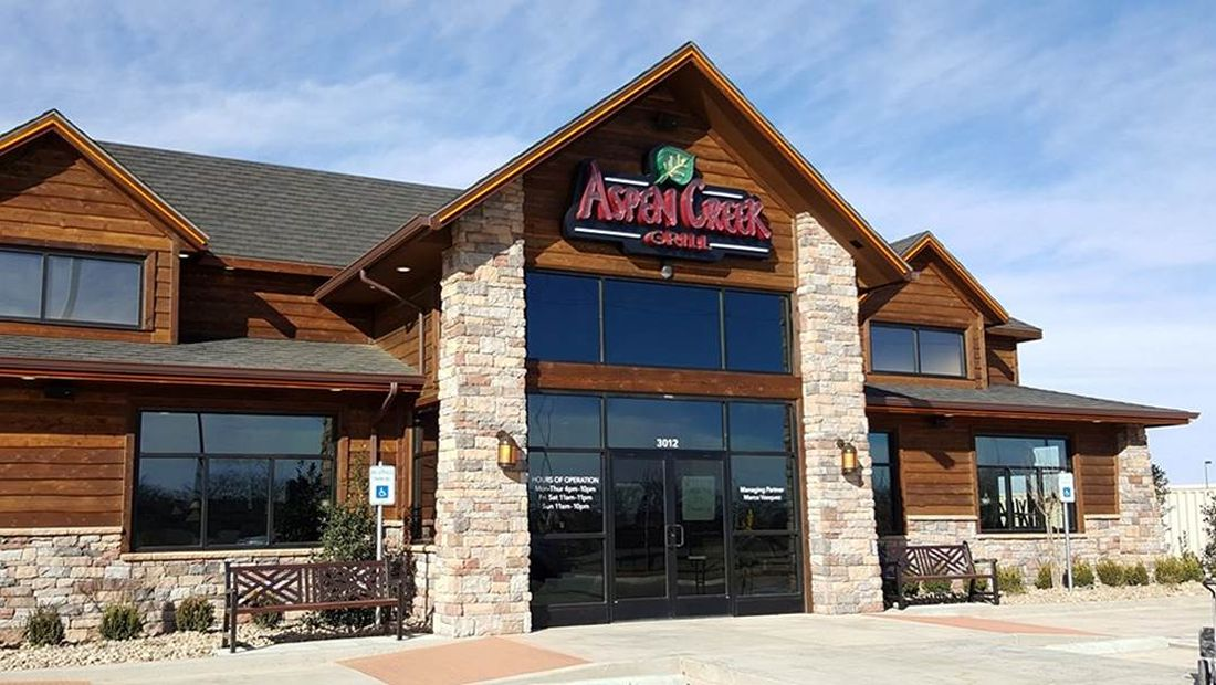Aspen Creek Grill - Honors Both Active Duty and Veterans on Monday November 12th with a Complimentary Meal