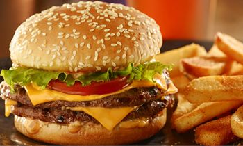 Red Robin Gourmet Burgers and Brews Celebrates Veterans Day with Free Red's Tavern Double Burger and Bottomless Fries for Military Members