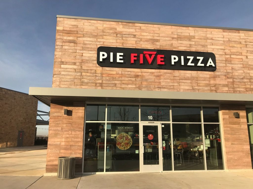 Pizza Inn 'Franchisee of the Year' Opens Pie Five Restaurant in Lubbock