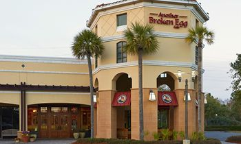 Another Broken Egg Cafe Bolsters Expansion with New Development Deals