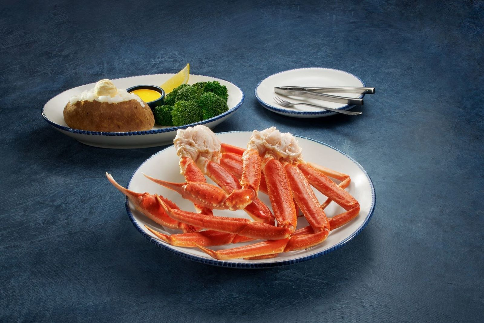 Escape the Summer Heat with Cool Crabfest Deals at Red Lobster