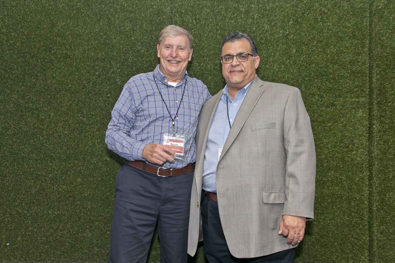 Pizza Inn Honors Top Franchisees at Brand Convention