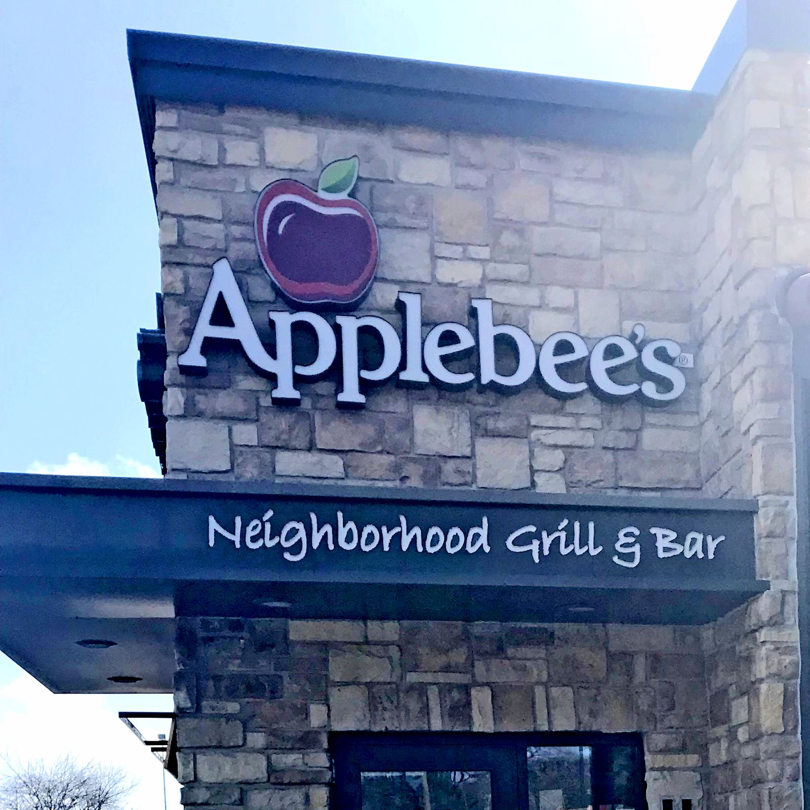 National Franchise Sales Facilitates Sale of 29 Applebee's Restaurants in Midwest