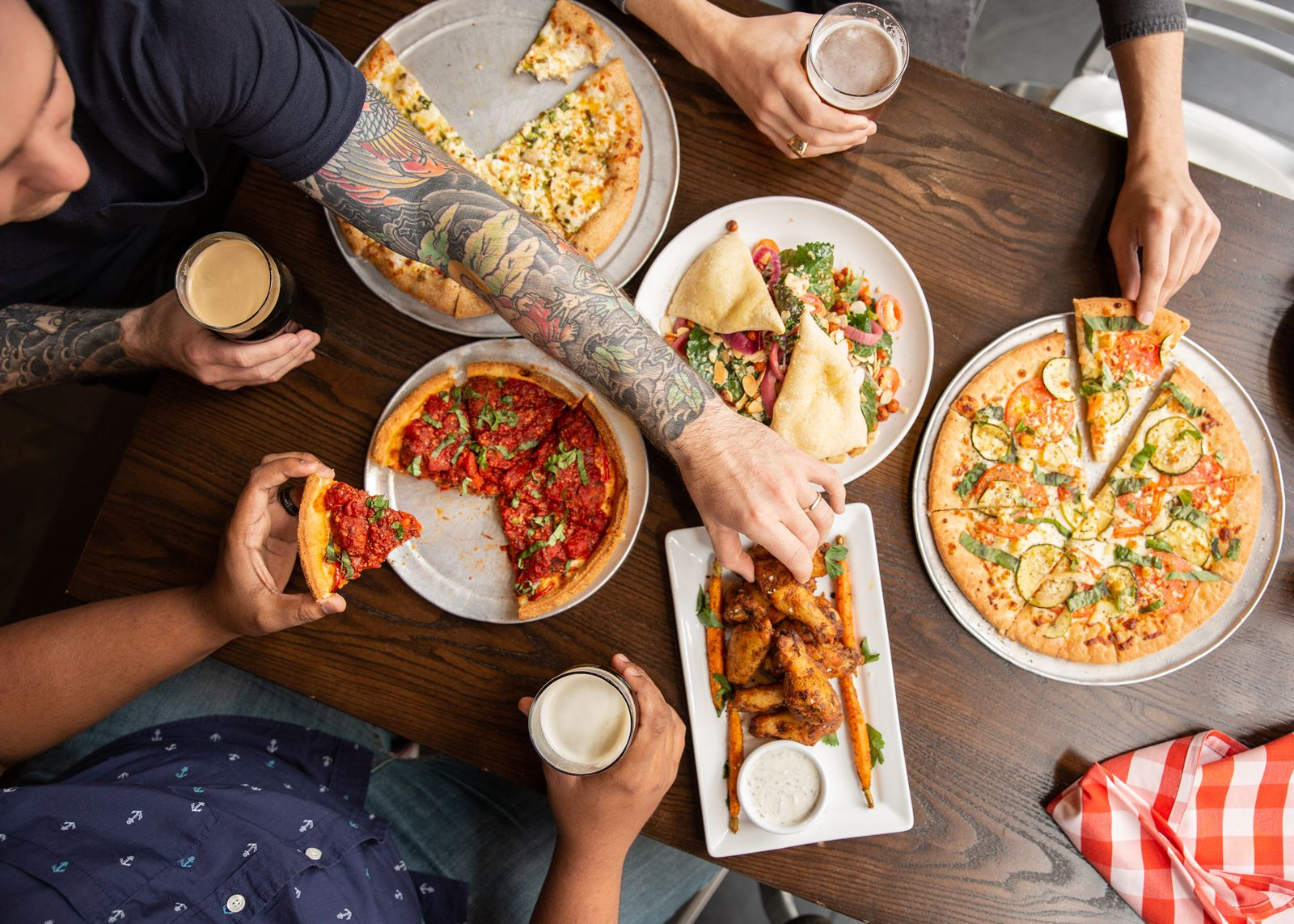 Pi Pizzeria Partners with Fransmart to Bring Their Crave-able, Crunchy Cornmeal Pizzas Nationwide