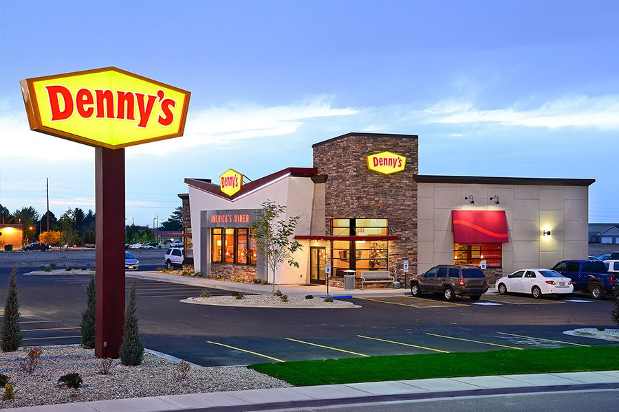 Denny's Hungry for Education Scholarship Program to Host Virtual Commencement for Scholarship Winners and 2020 Graduates on May 28