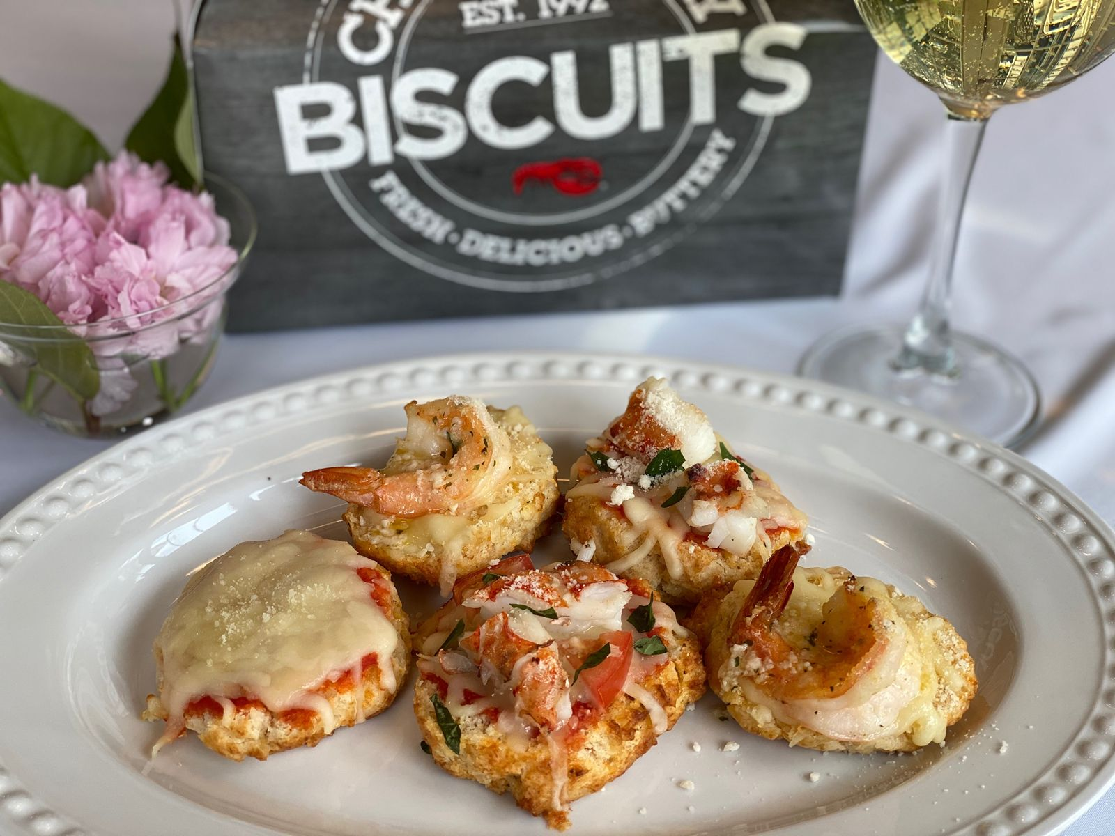 Red Lobster Celebrates National Biscuit Day With Cheddar Bay Biscuit At-Home Recipes to Enjoy All. Day. Long.