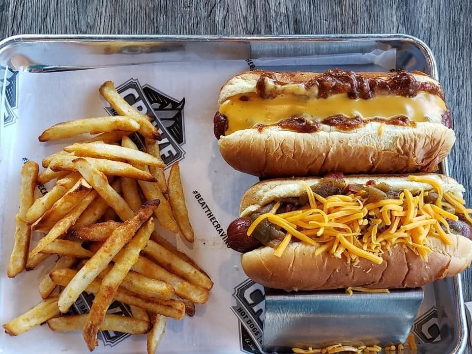 Crave Hot Dogs and BBQ Signs Franchisee in Dallas, Texas!