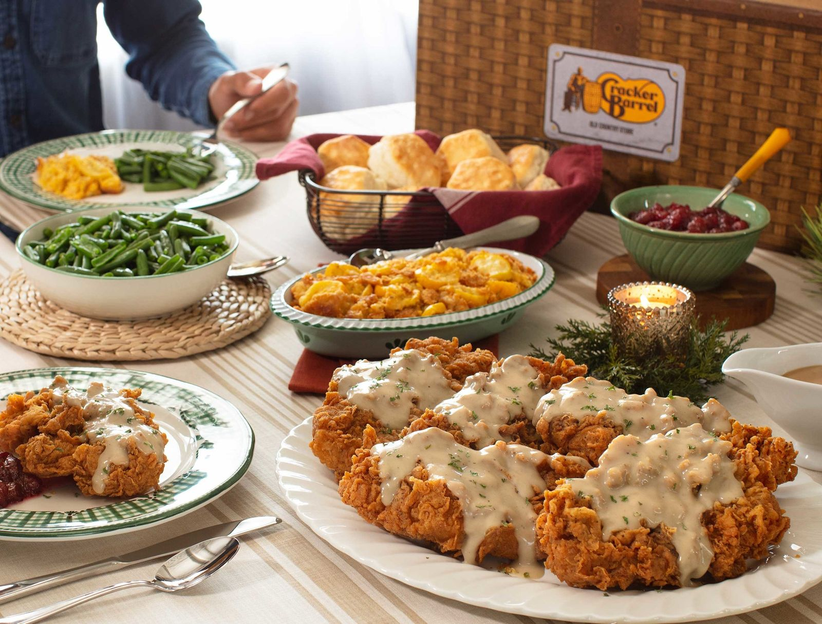 Cracker Barrel Old Country Store Kicks Off Military Family Appreciation Month by Honoring Those Who Have Served