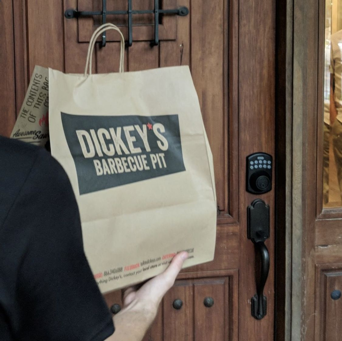 Dickey's Opens First Ghost Kitchen In Chicago