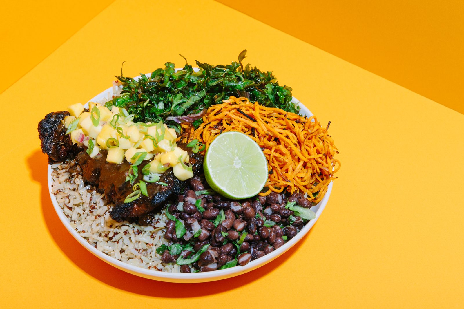 Modern Market Eatery Blackened Chicken Mango Bowl