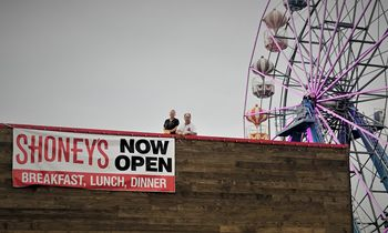 Shoney's Welcomes Guests at its New Restaurant in Kissimmee, Florida