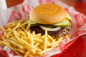 Freddy's Frozen Custard & Steakburgers Opens Milestone 400th Location