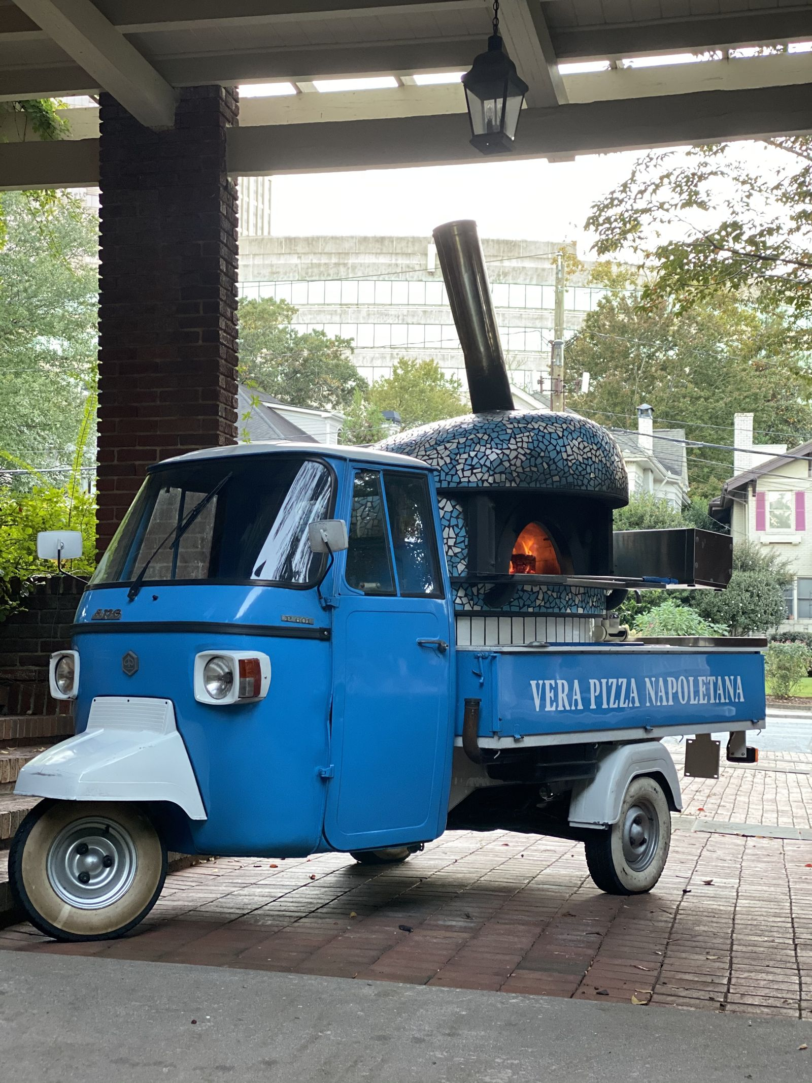 Neapolitan Pizza on Wheels: Atlanta Pizza Truck Has Arrived to the City
