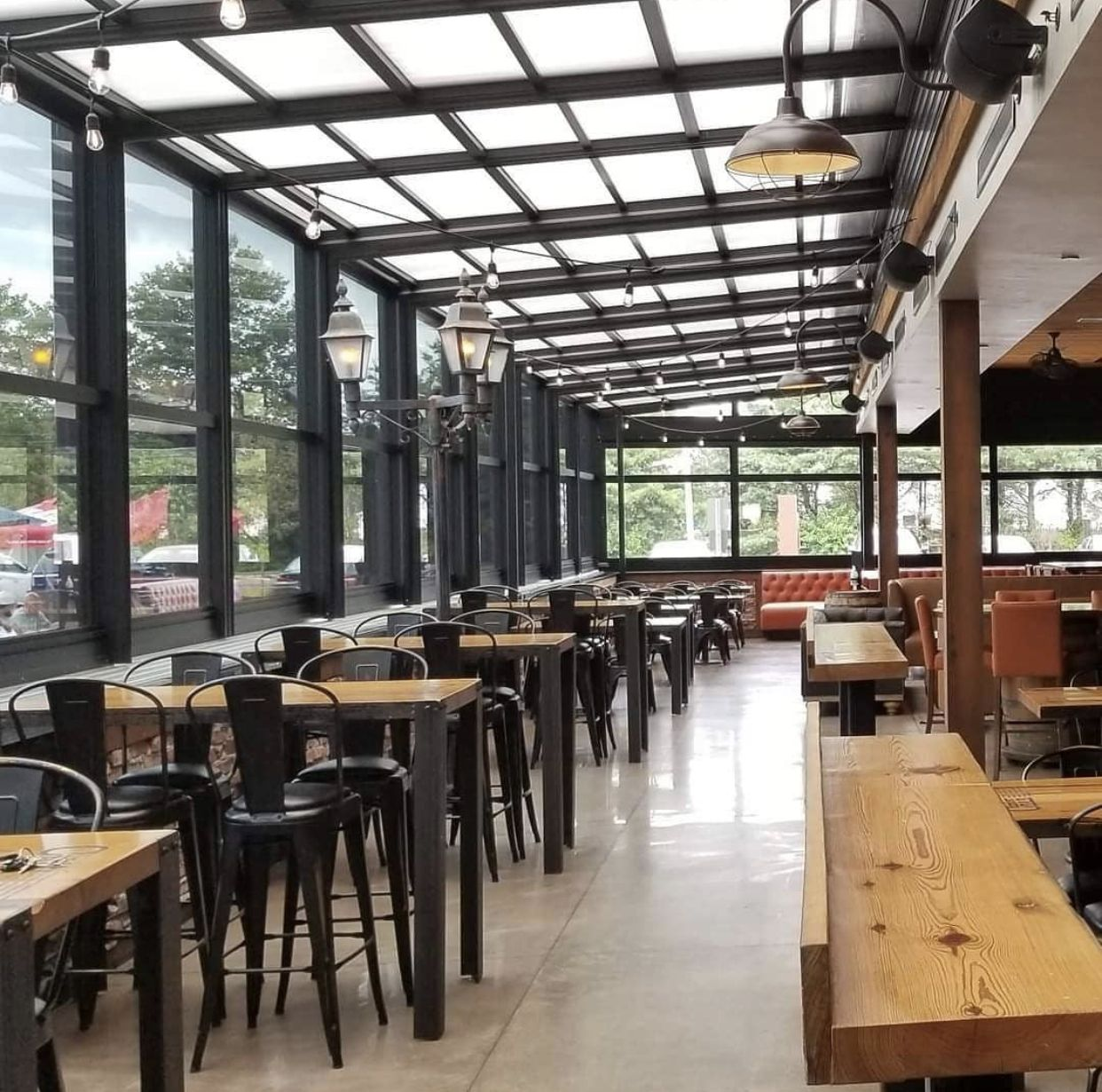 Prepare Your Outdoor Dining Space for 2021 with a Retractable Roof System