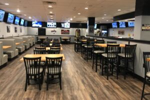 Quaker Steak & Lube Ready to Serve Salem