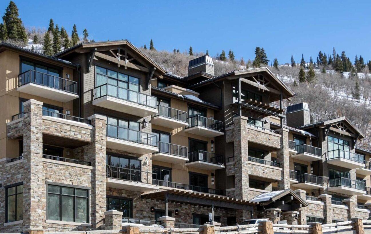 Après Ski Venues and Menus Abound at The St. Regis Deer Valley!