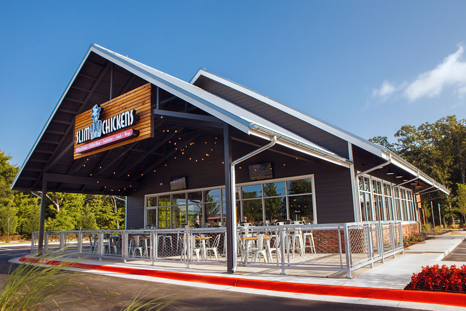 Slim Chickens Prepares for March 5 Opening in Colorado Springs
