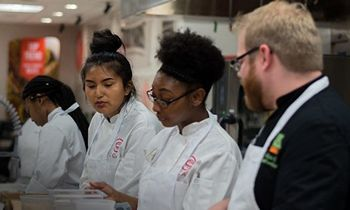 US Foods Expands Scholarship Program