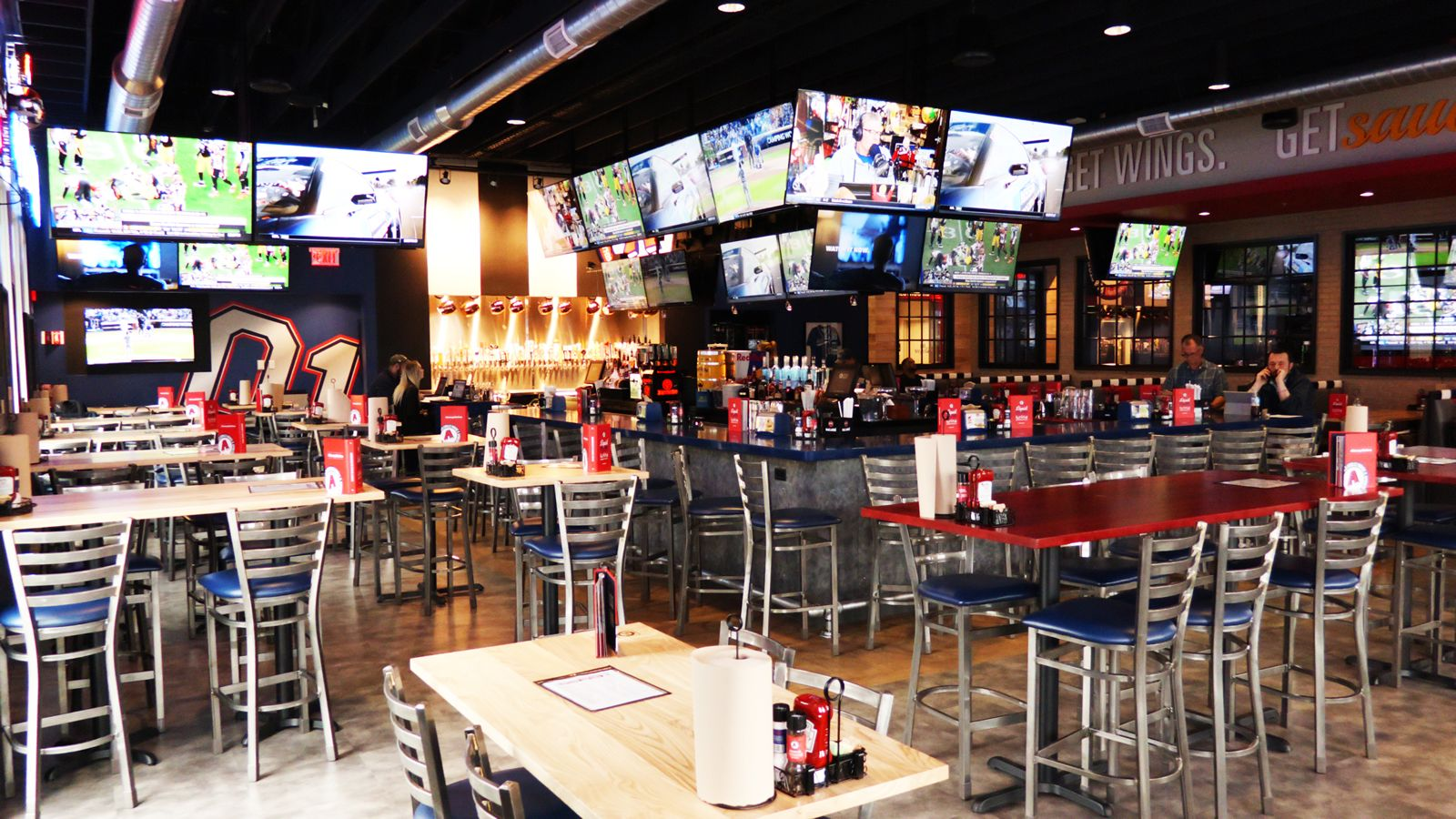 Arooga's Grille House & Sports Bar to Open Warwick, RI Location April 18th