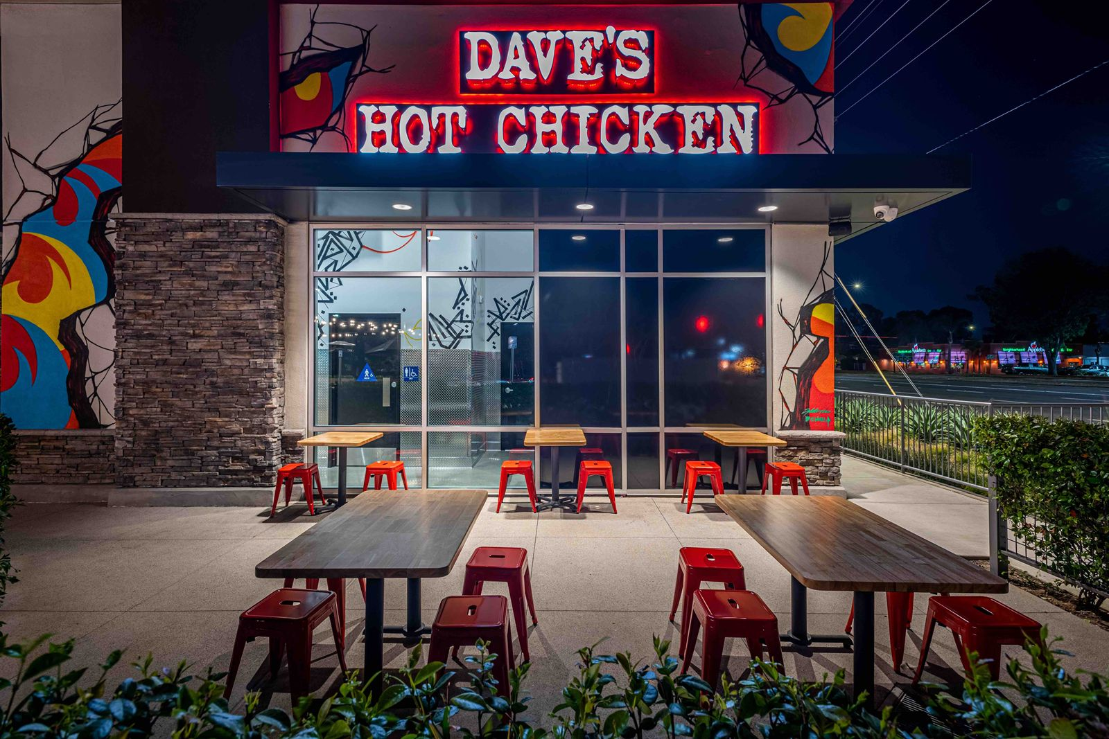 Dave's Hot Chicken Continues San Diego Expansion With Opening of New El Cajon Restaurant