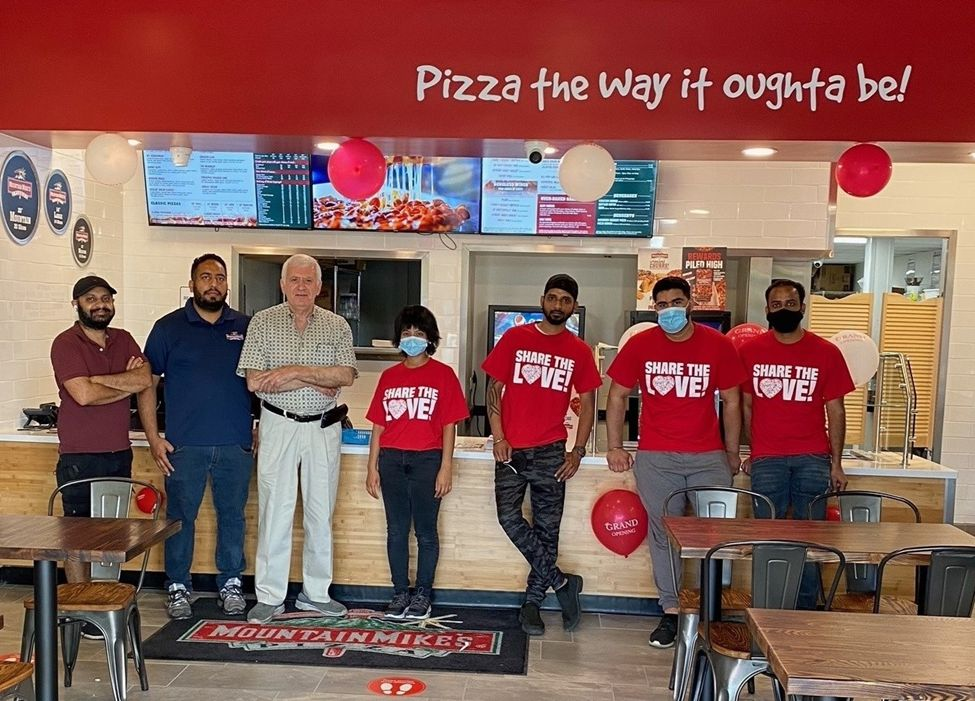Mountain Mike's Pizza Opens in Millbrae