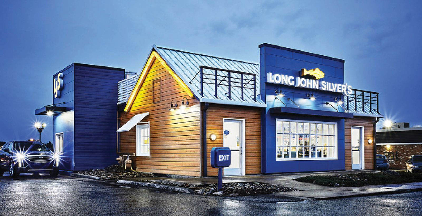 """Long John Silver's Implements """"Network of the Future"""" with Interface"""
