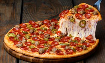 Everybody Wins Big for Pizza Guys' 35th Anniversary
