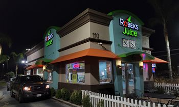 Robeks Expands in Southern California With Ten New Locations