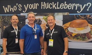 Huckleberry's Breakfast & Lunch Executive Team Signs New Location in Escondido, CA!