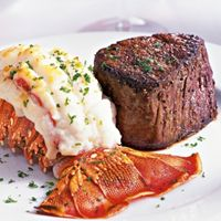 Fleming's Prime Steakhouse & Wine Bar Offers Spring Break Celebration