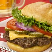 Smashburger Makes Their Canadian Debut in Calgary