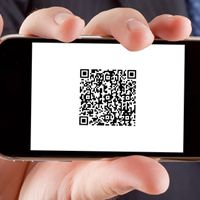 10 Cool Ways for Restaurants to Use QR Codes