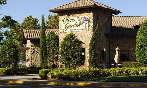 Olive Garden Investor: Back Off On The Breadsticks