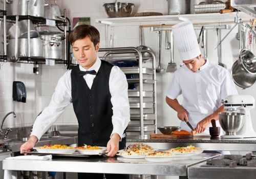 5 Key Operational Challenges that Can Make or Break Your Bar or Restaurant's Success