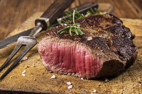 Steakhouses Are America's Favorite Type of Restaurant