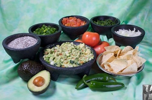 Guac-aholics Unite at Iron Cactus on National Guacamole Day, September 16th, for Free Tableside Guacamole