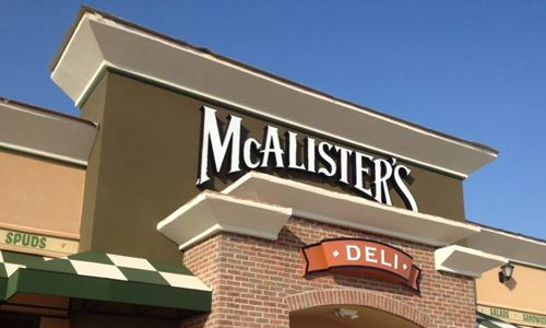 McAlister's Deli Celebrates Successful Year for Franchise Sales in 2015