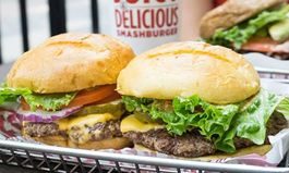Smashburger Announces Two New East Coast Franchise Agreements