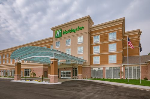 New Restaurant And Full Service Hotel In Mishawaka South Bend Indiana