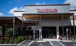 Tony Roma's Debuts New Global Prototype Restaurant in Orlando