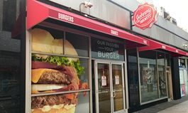 Johnny Rockets Opens Brand New Restaurant in New York City at One Penn Plaza
