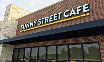 New Sunny Street Café Open in Texas