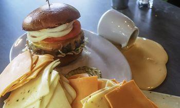 Zinburger Wine & Burger Bar Offers $5 Cheeseburger on September 18, 2018 for National Cheeseburger Day
