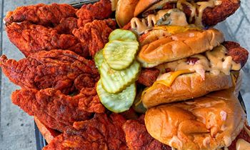Dave's Hot Chicken Opens North Hollywood Location