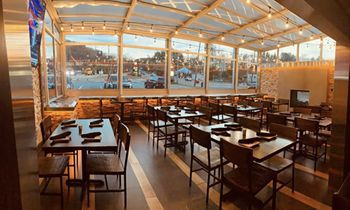 Taphouse 15 Expands Their Restaurant with a Roll-A-Cover Retractable Enclosure