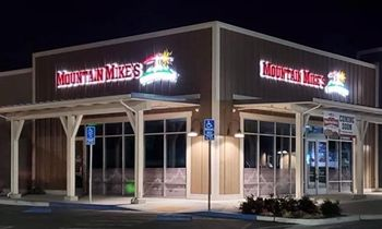Mountain Mike's Pizza Opens First Aptos Location