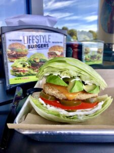 MOOYAH Burgers, Fries & Shakes Shows a Commitment to High-Quality, Fresh Ingredients with Continued Partnership with Avocados From Mexico