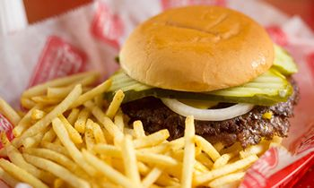 Freddy's Frozen Custard & Steakburgers Opens Milestone 400th Location