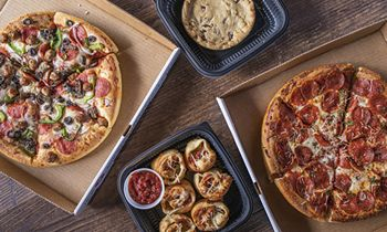 Old Chicago Pizza & Taproom Helps Create More Memories this Holiday Season